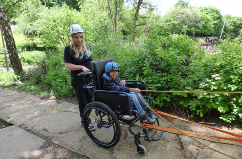 Wheelchair slope abseiling